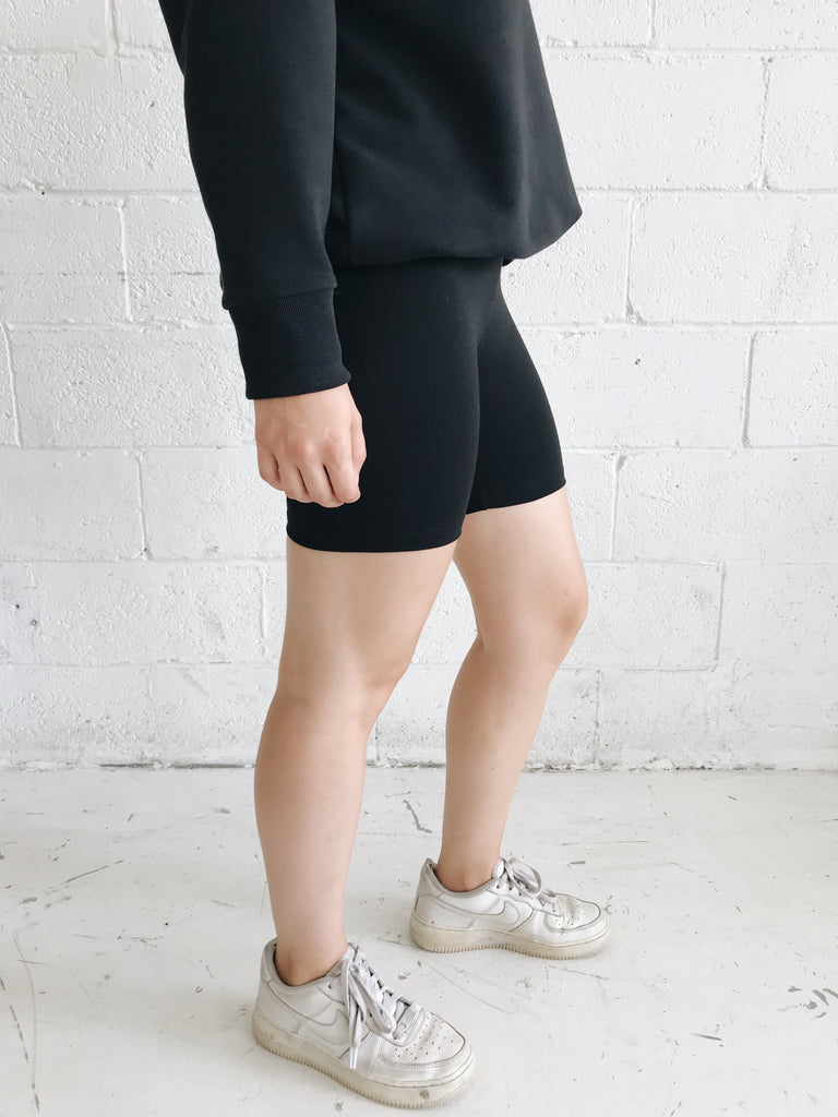 TUCK black biker short-short