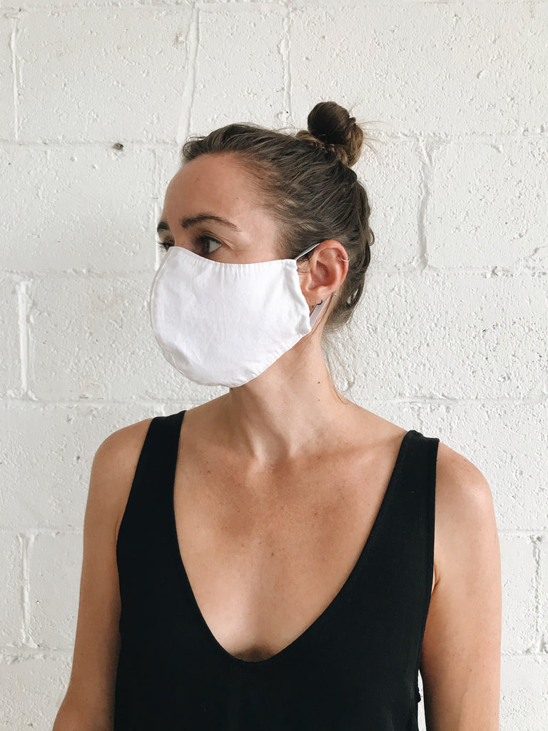 FACE MASK in white