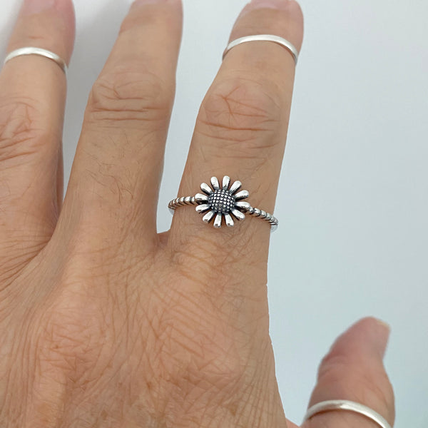 Sterling Silver Gerbera Daisy Ring, Dainty Ring, Silver Rings, Flower Ring