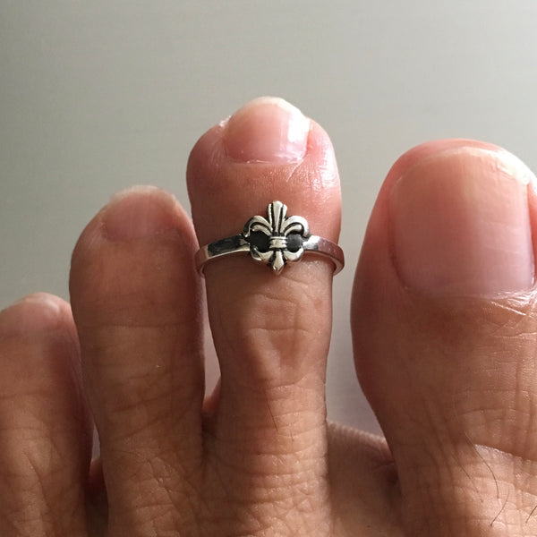Sterling Silver Small Fleur De Lis Toe Ring, Flower Ring, Lotus Ring, Saints Ring