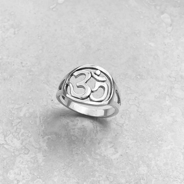 Sterling Silver Round OM Sign Ring, Silver Ring, Yoga Ring, Boho Ring, OM Ring