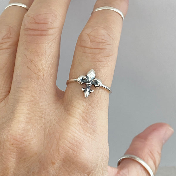 Sterling Silver Dainty Fleur De Lise Ring, Silver Rings, Saints Ring, Lily Ring