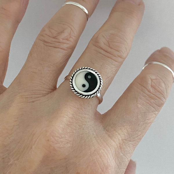 Sterling Silver Round Yin and Yang Ring with Braid, Yoga Ring, Boho Ring, Silver Ring