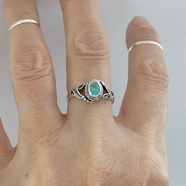 Sterling Silver Round Turquoise Ring with Leaves, Boho Ring, Silver Ring, Stone Ring
