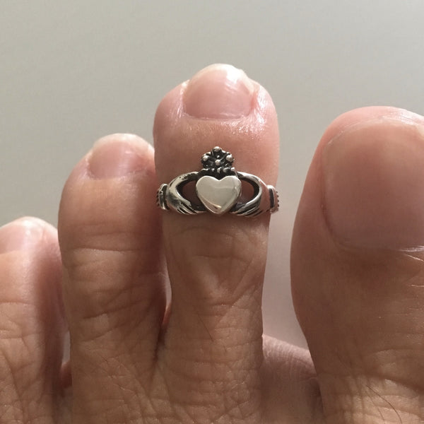 Sterling Silver Adjustable Claddagh Toe Ring