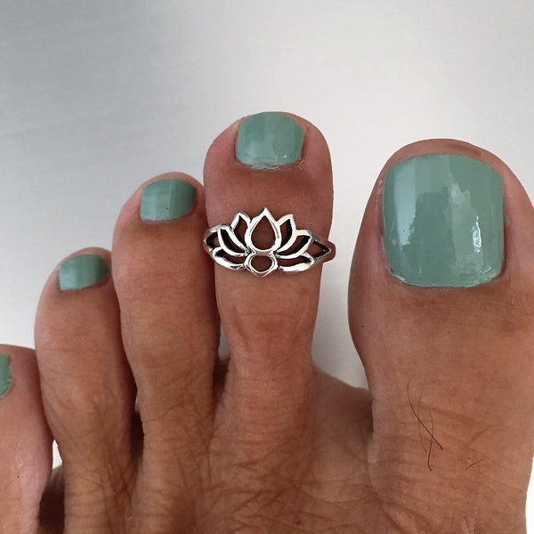 Sterling Silver Adjustable Lotus Silhouette Toe Ring