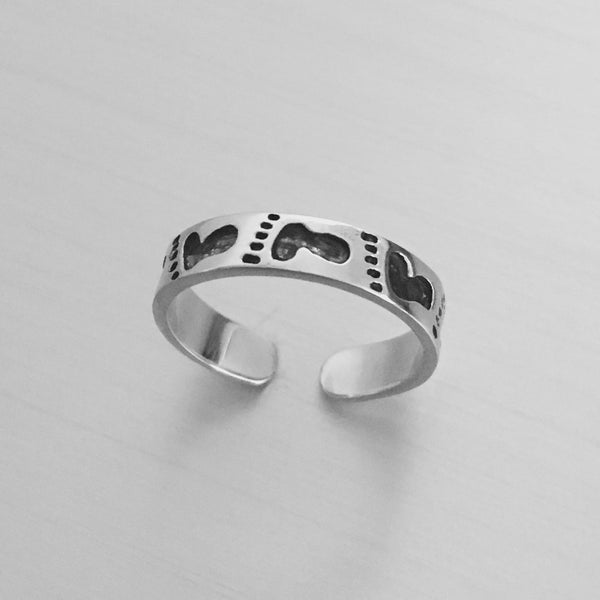 Sterling Silver Adjustable Footprint Toe Ring