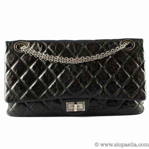 5311e6512415 Based on a 5%-per-year increase (which is a conservative estimate, as Chanel  often increase their prices several times), a €4,990 handbag will cost  €5,240 ...