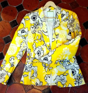 Yellow printed blazor Siopaella yellow trend