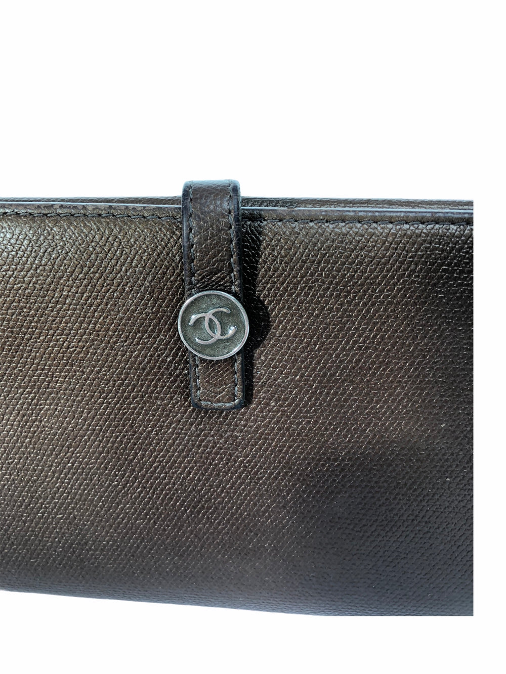 Chanel Bronze Leather Wallet - As Seen on Instagram 4/11/2020