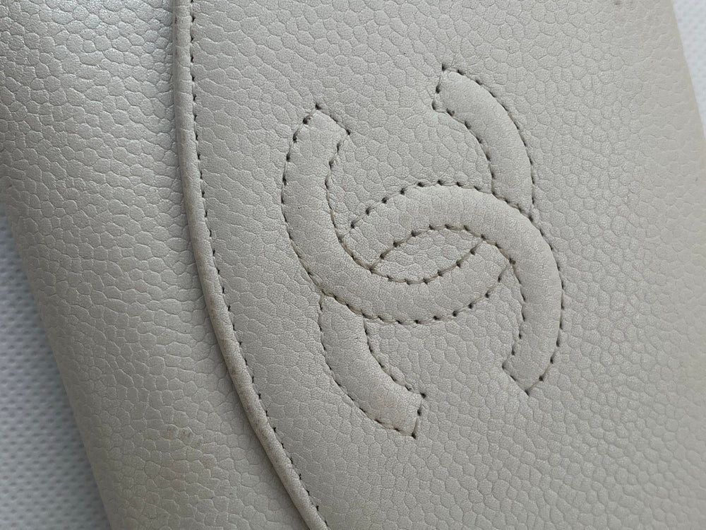 Chanel White Caviar Leather Wallet - As Seen on Instagram - Siopaella Designer Exchange