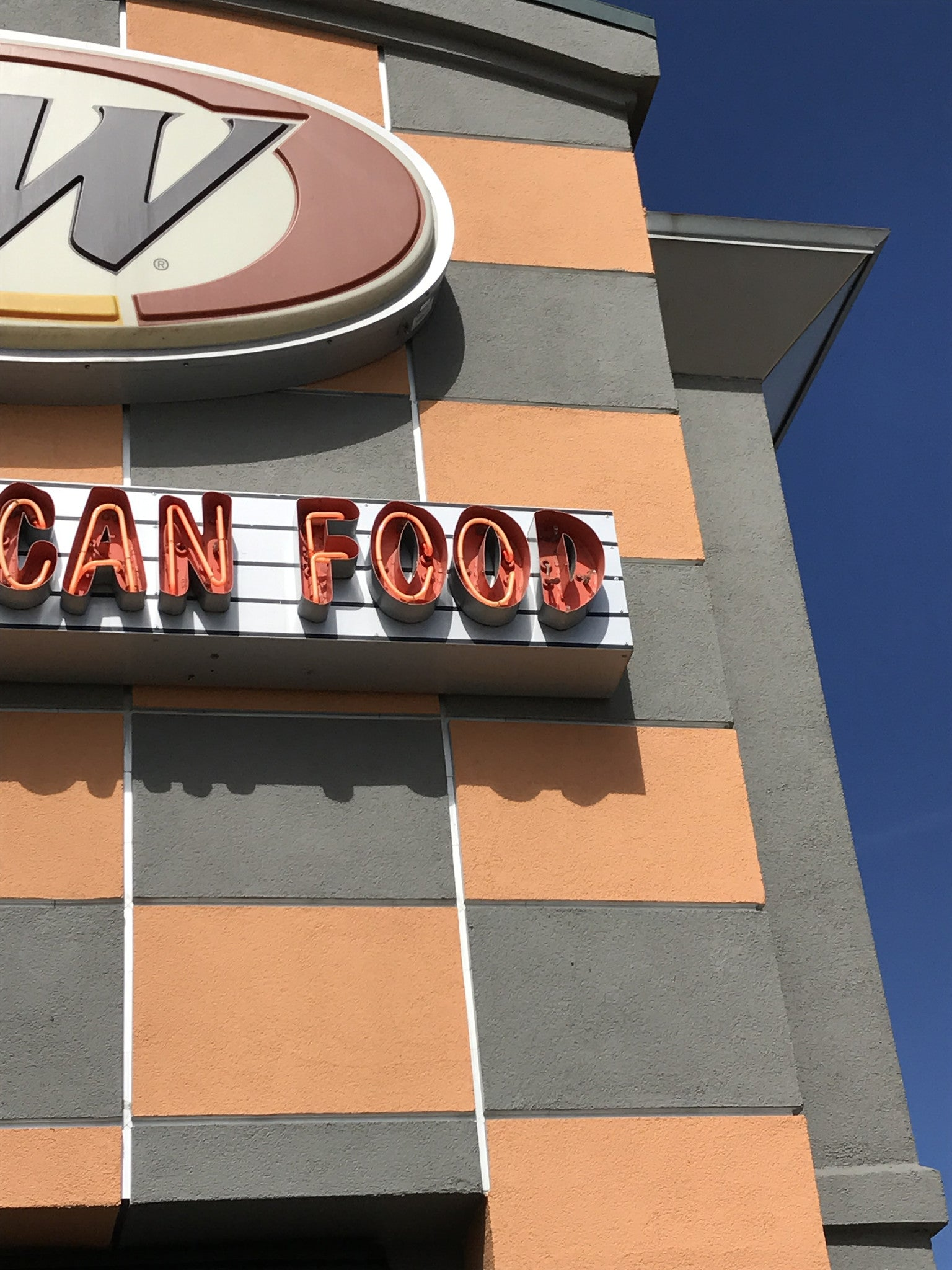 Commercial Sign Repair in Denver