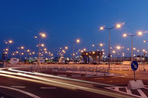 4 Tips For Selecting The Perfect Commercial Lighting Solutions Provider