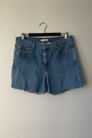 Vintage Levi's '515 Stretch' Denim Shorts Vintage, Shop Serendipity Ave, Shop Serendipity Ave  - Shop Serendipity Ave