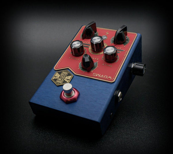 Beetronics Swarm Analog Fuzz Harmonizer LIMITED EDITION BLUE