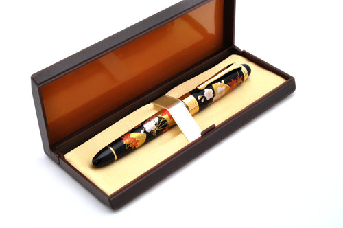 Wancher Oshita Maki-e Sakura Senmen - Spring Flying Fan Fountain Pen - Fine Nib