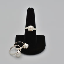 Load image into Gallery viewer, Sterling Silver Fresh Water Pearl Ring