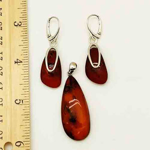 Amber and Sterling Silver pierced drop Earrings