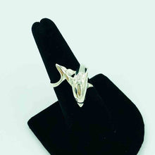 Load image into Gallery viewer, Sterling Silver Dolphin Ring