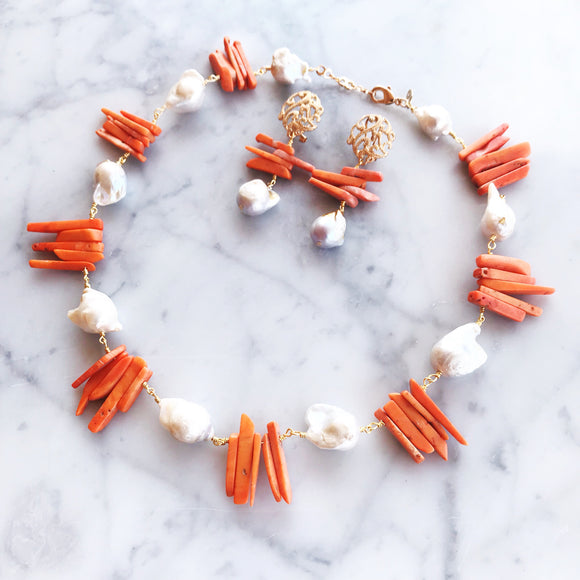 CORAL AND BAROQUE PEARLS NECKLACE SET