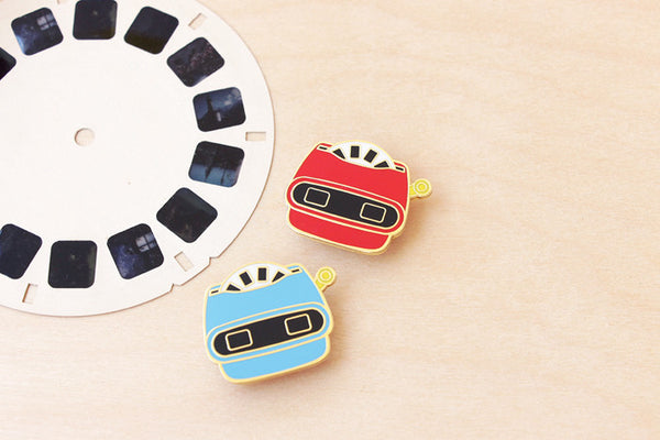 Viewmaster brooch