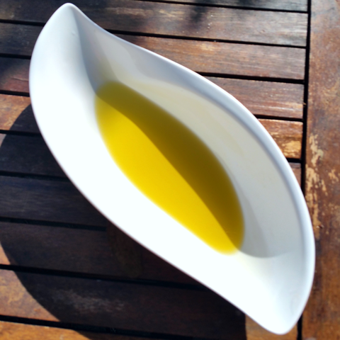 Greek Extra Virgin Olive Oil in UK