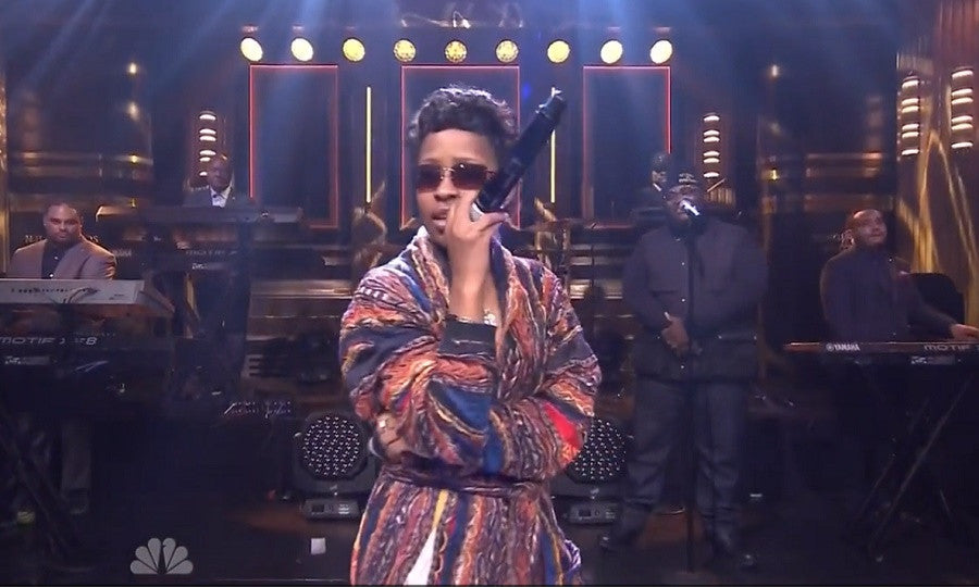 Dej Loaf Performs Live At The Tonight Show With Jimmy Fallon.