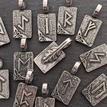 Celtic Knot Works Jewelry Rune Pendants Big Bundle – Ancient Traditions