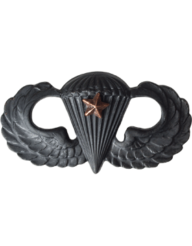 BLACK PARACHUTIST WITH ONE COMBAT STAR PIN