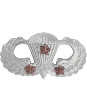 NO SHINE PARACHUTIST WITH THREE COMBAT STARS PIN
