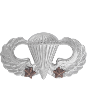 NO SHINE MINI PARACHUTIST WITH TWO COMBAT STARS PIN