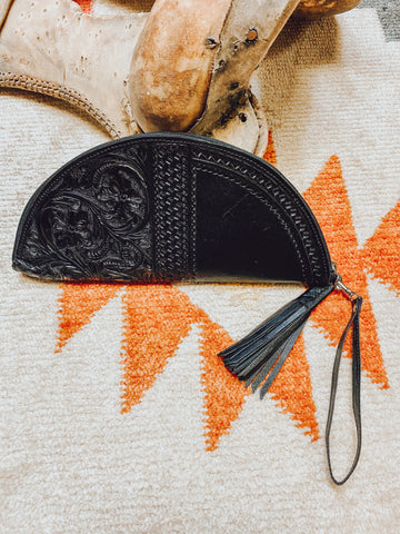 THE WAYLON WRISTLET