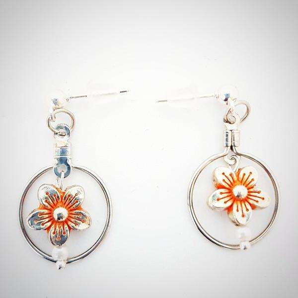 RV-151 Silver plated enamelled floral earrings, a fashionable dangler!