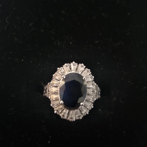 RV 511 Royal blue sapphire ring in silver and cubic zircons