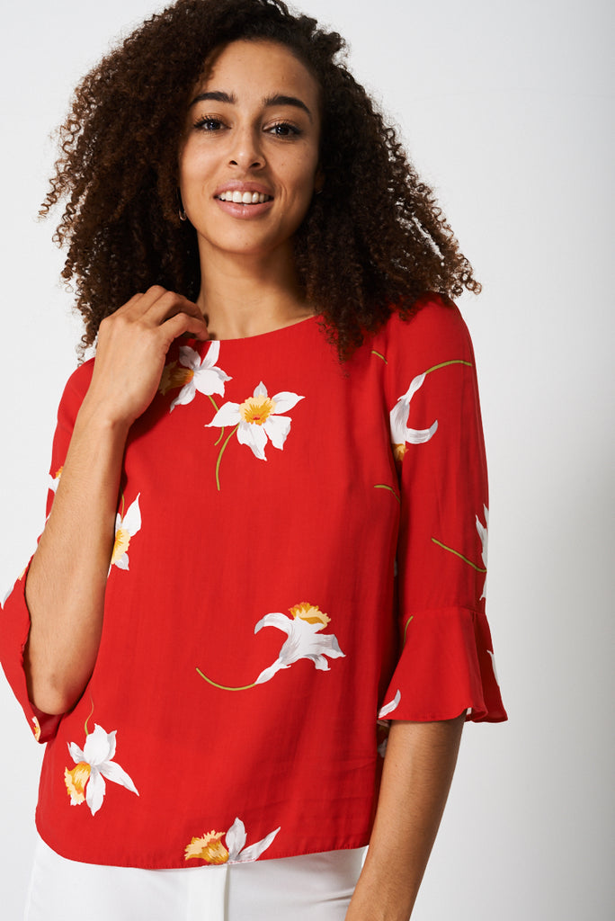 Bell Sleeve in Floral Print - First Impression UK