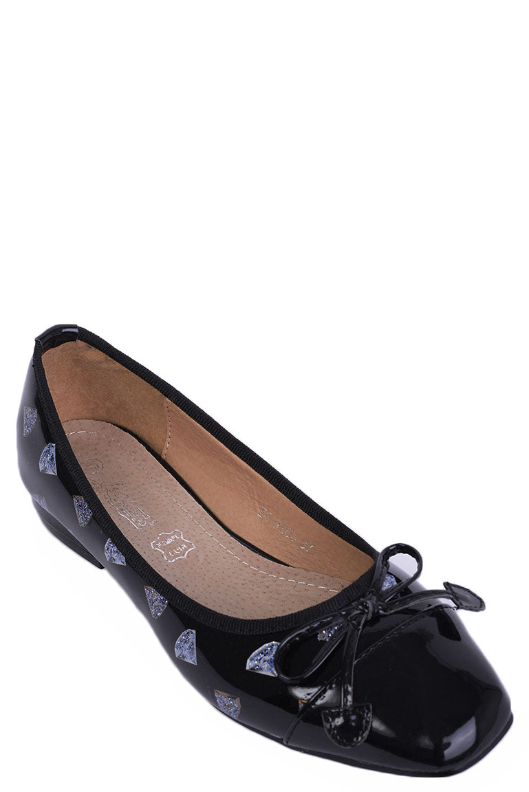 Ladies Diamond Print Patent Flats