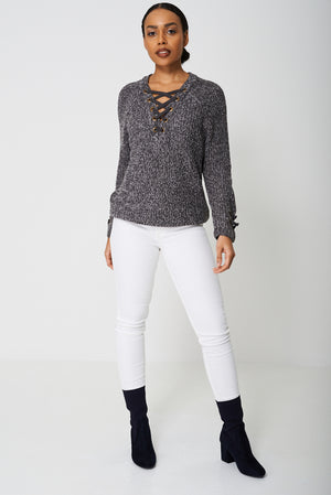 Ladies Chunky Cable Knit Jumper In Mixed Yarn