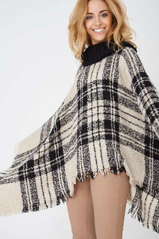 Ladies Chunky Knit Checked Poncho