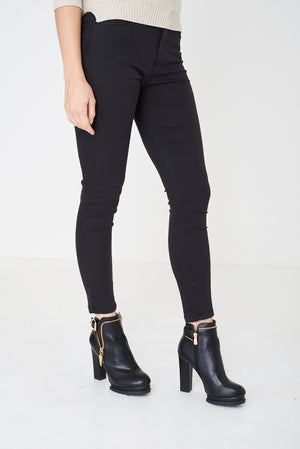 Black Highwaist Jeans Ex Brand, Jeans & Trousers - First Impression UK