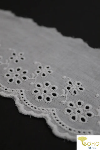 "Petite Daisy Garden in White, 3"" Wide Scallop Eyelet Woven Trim. WT-020."
