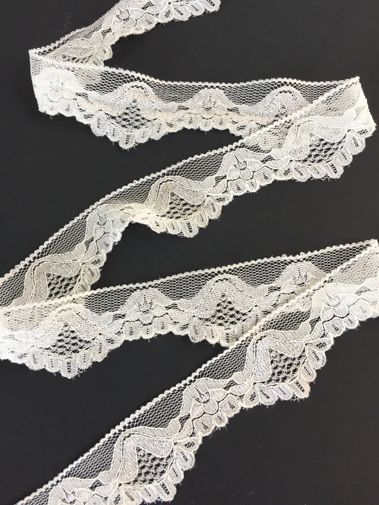 """Elegance"" in Off-White Stretch Lace Trim, 1"""