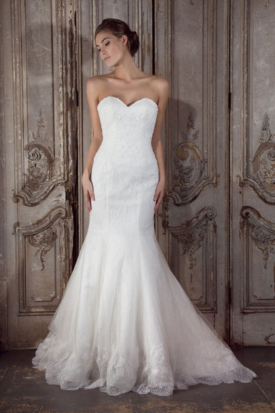 Ianthe wedding dress by Donna Lee Brides