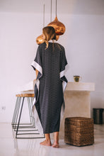 Load image into Gallery viewer, Sheva Caftan