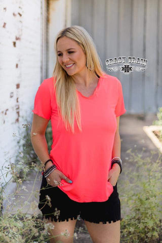 CORAL NEON ** BUTTER BASIC TEE