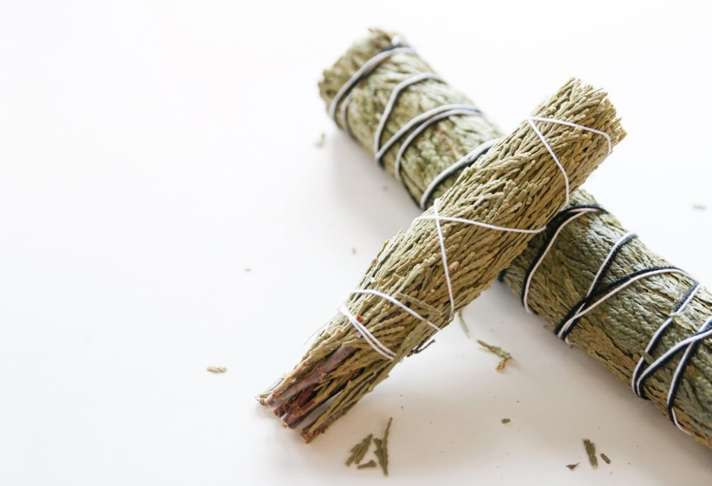 Alternative to Smudging with White Sage