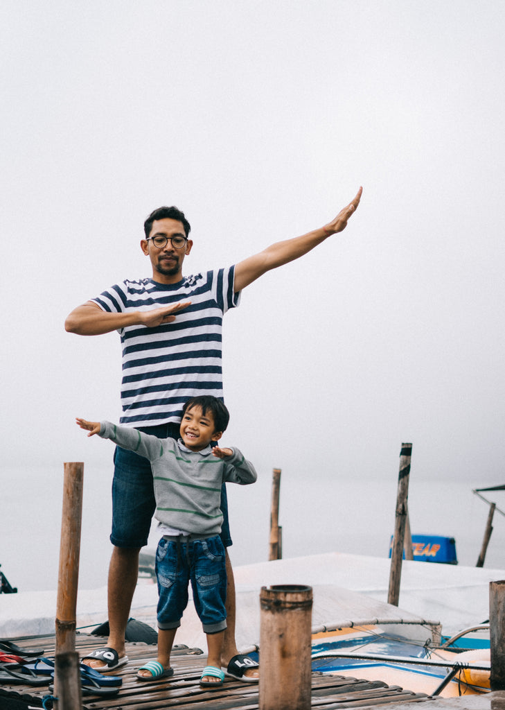 Fun Minimalist Dad with son Photo by Agung Pandit Wiguna