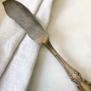 ANTIQUE SILVER BUTTER KNIFE
