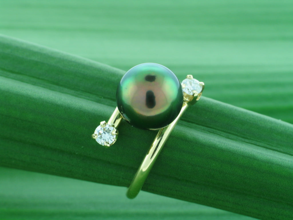 Crossroads Ring Tahitian Pearl 14k Gold and Diamonds