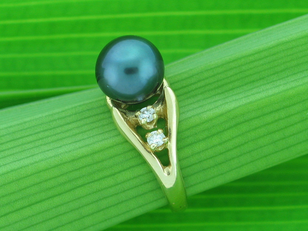 Salt Water Cultured Tahitian Pearl Ring 12