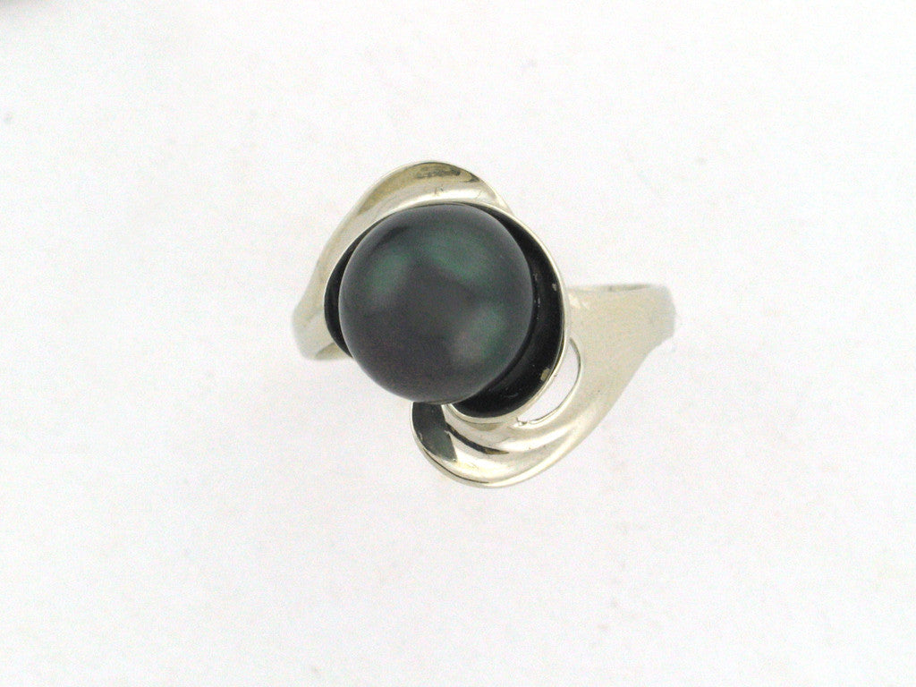 Salt Water Cultured Tahitian Pearl Ring 7